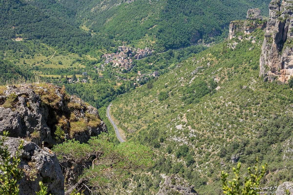 Blick auf Peyreleau, Tal der Jonte, Felswanderung Schluchtenwelt bei le Rozier, Gorges de la Jonte, Le Rozier, Frankreich