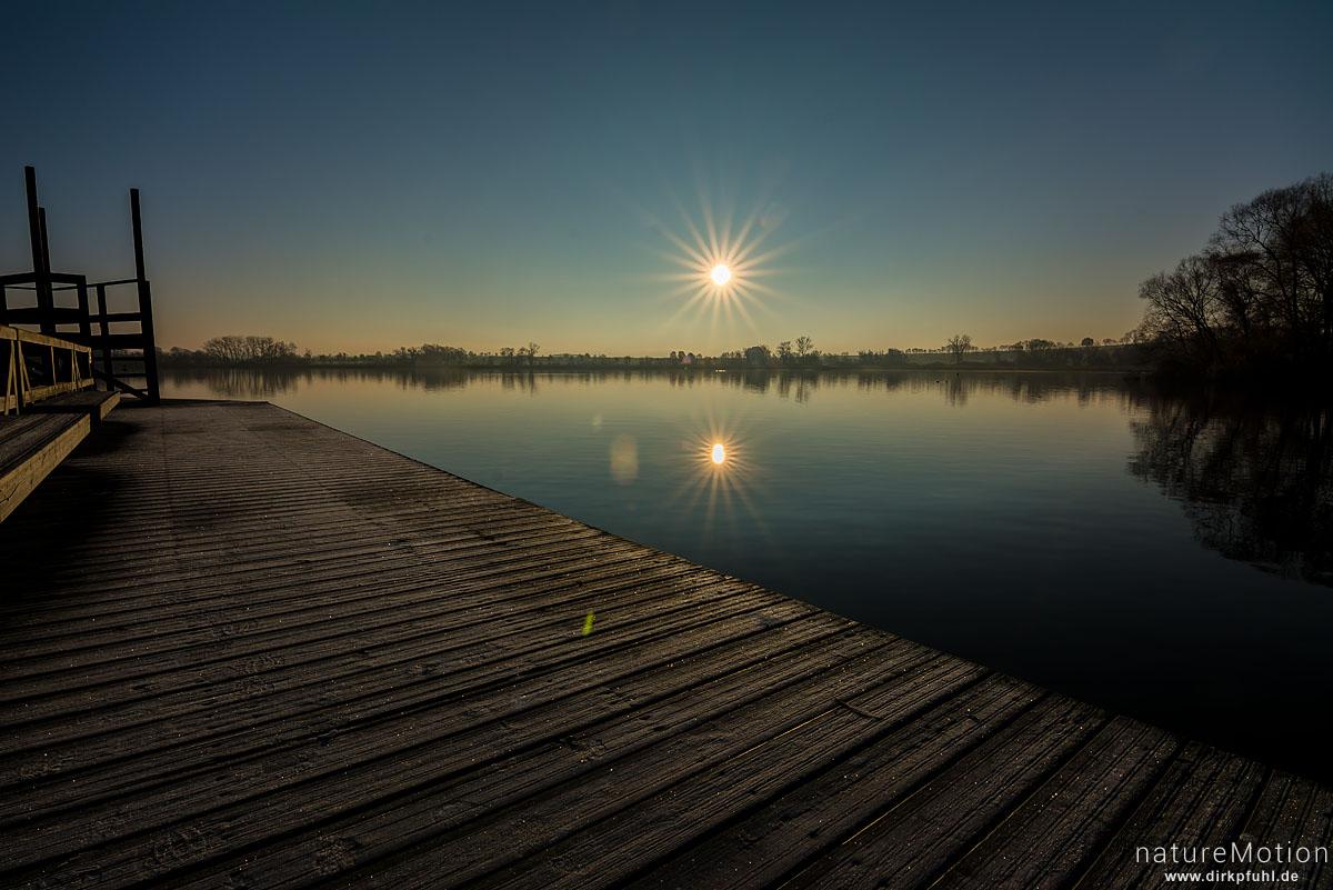 Sonnenaufgang über dem Seeburger See, Badesteg, Seeburger See, Deutschland