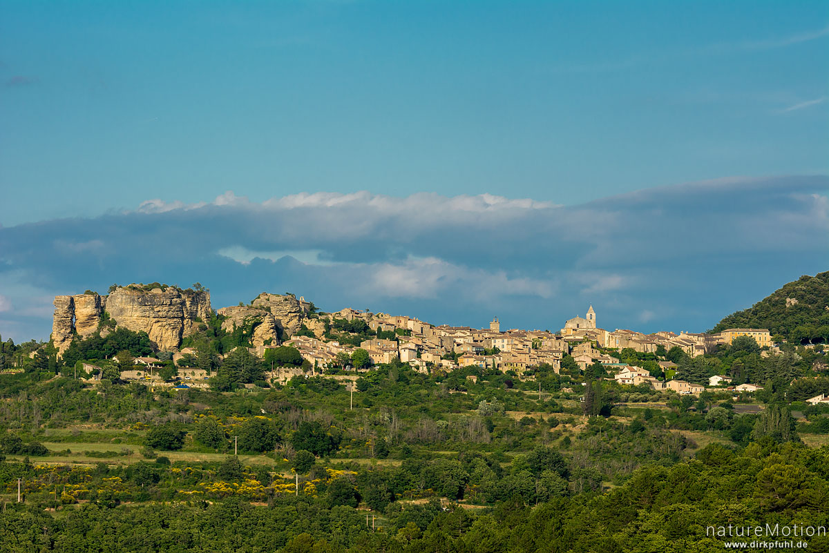 Blick auf Saignon, Apt - Provence, Frankreich