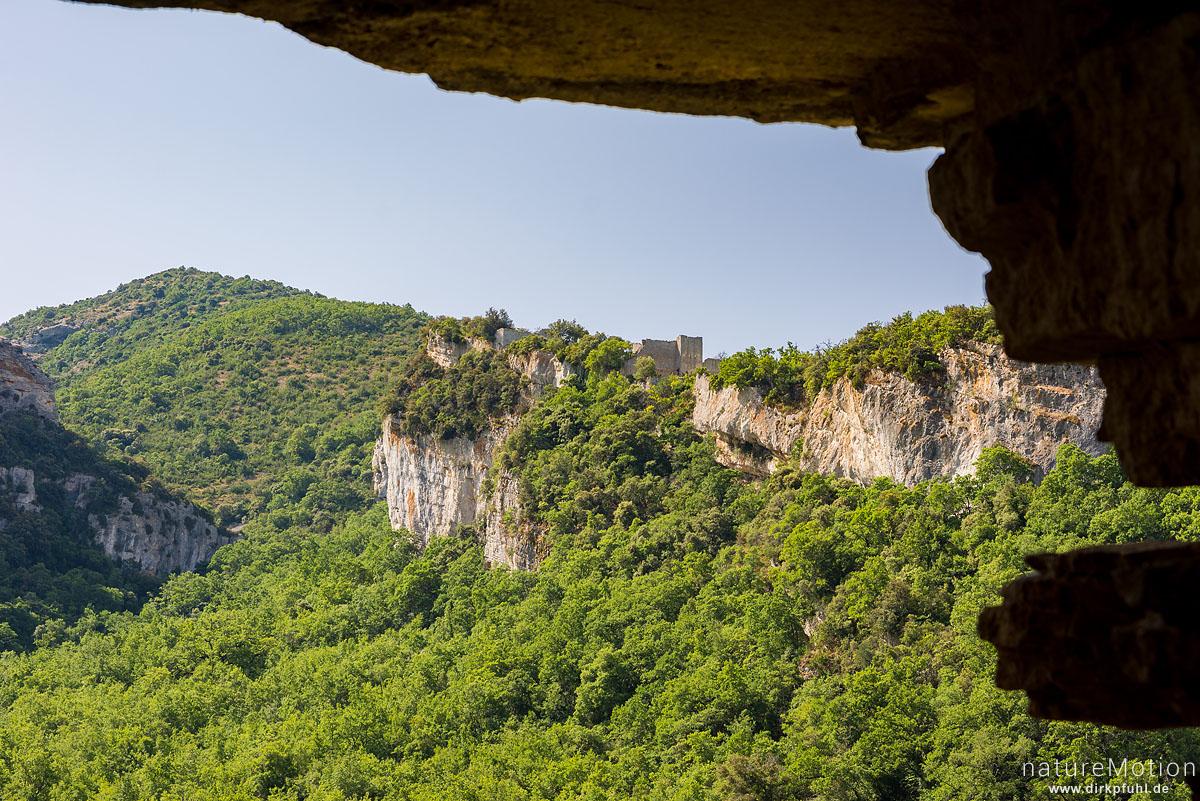 Burgruine, Tal des Aigue Brun, Bonnieux - Provence, Frankreich