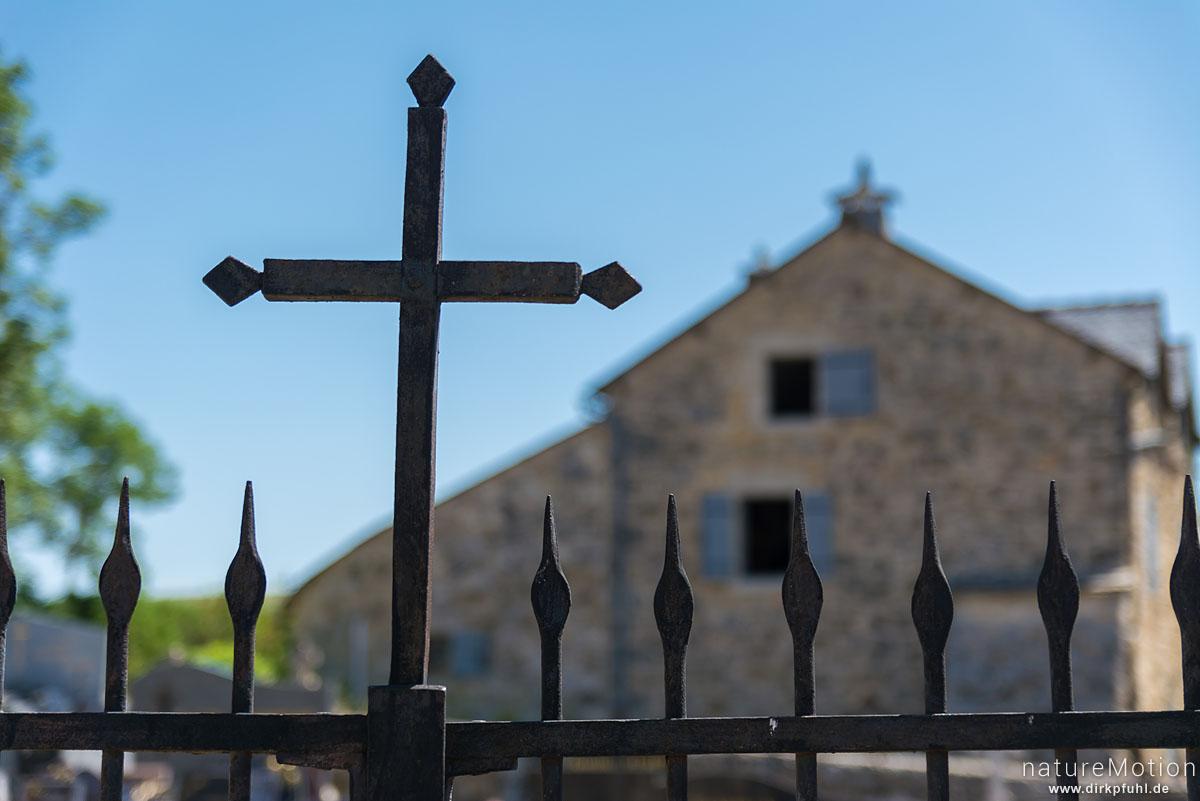 Grabkreuz, Kirche und Friedhof von Hures, Causees Mejean, Florac, Frankreich