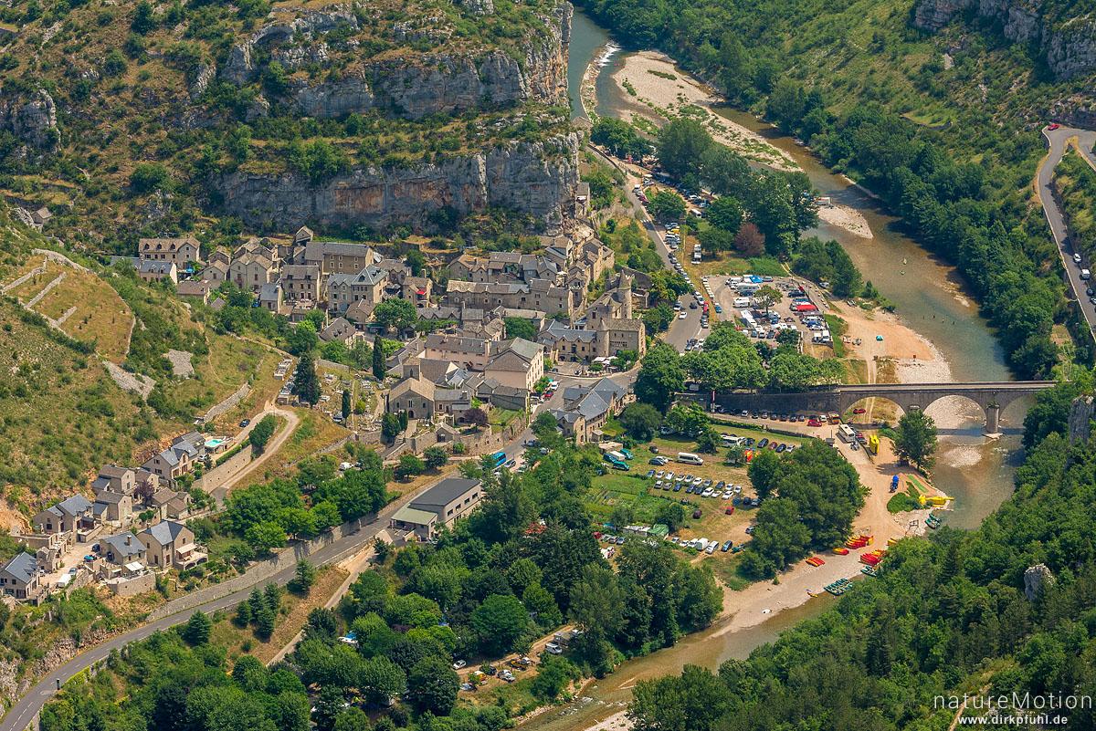 Gorges du Tarn, Blick auf La Malene vom Roc du Serne, La Malene, Frankreich