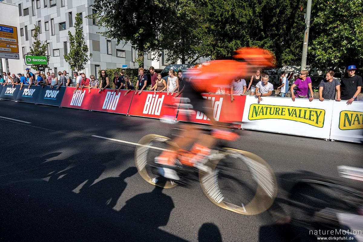 Deutschlandtour 2019, 2. Etappe Marburg - Göttingen, 1. Durchfahrt Zielgerade, Göttingen, Deutschland