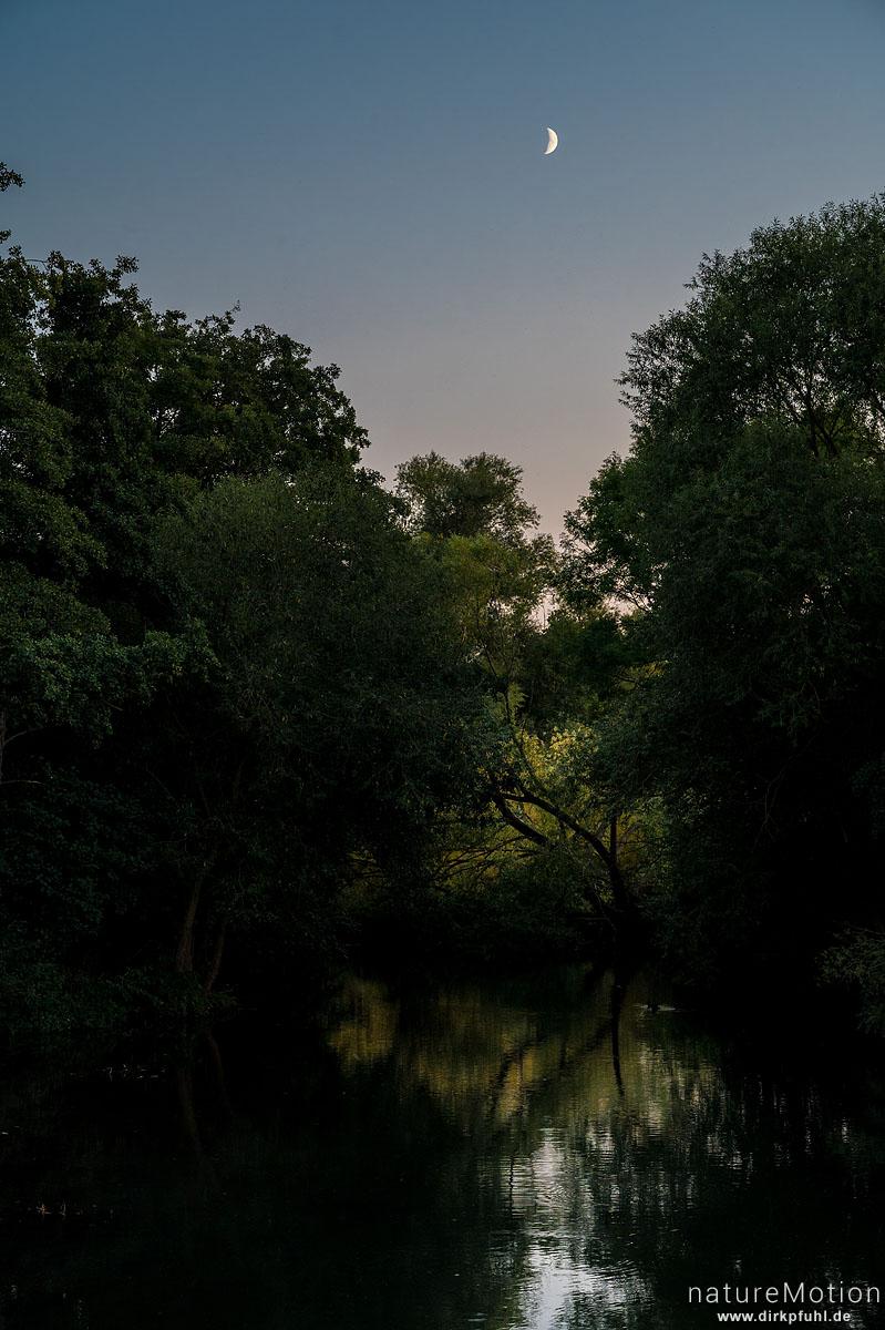 Mond über der Leine, Flüthewehr, Göttingen, Deutschland