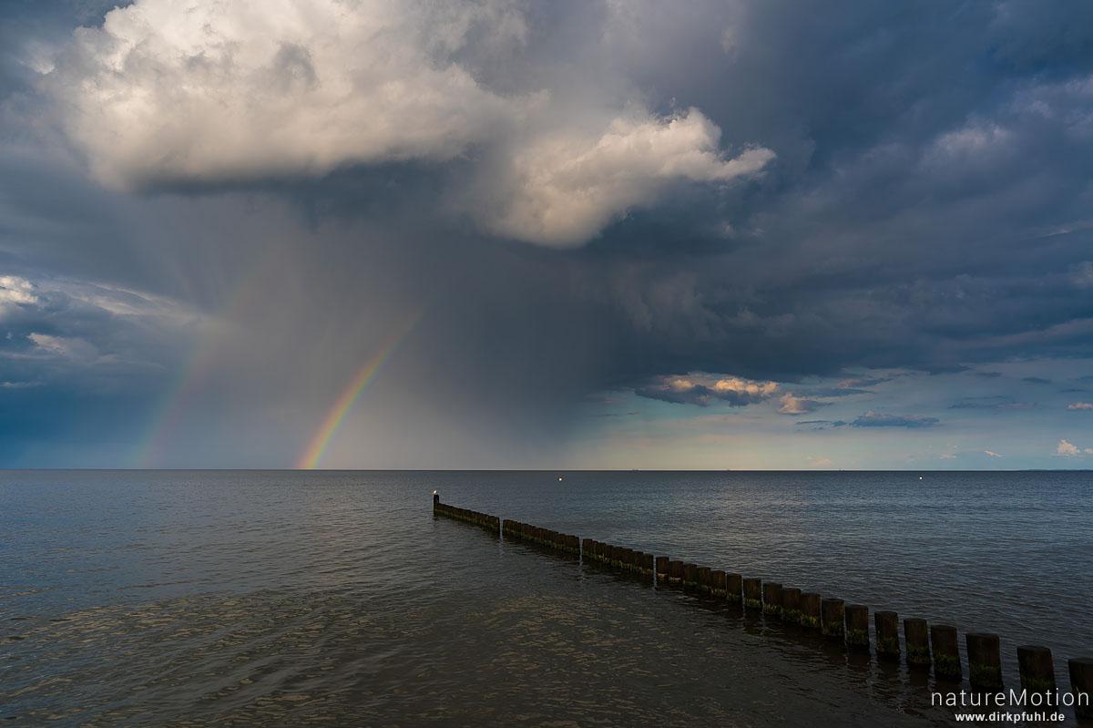 abziehender Regen, Regenbogen und Bune, Ückeritz - Usedom, Deutschland