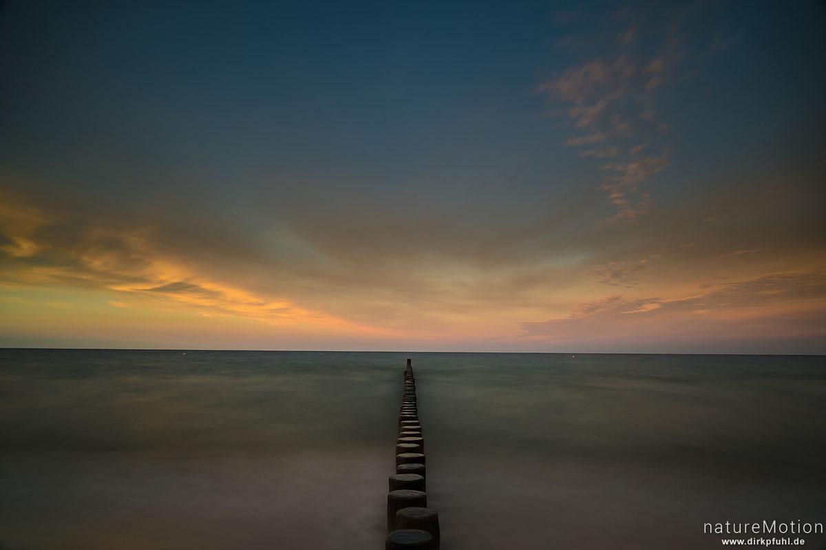 Meer, Spülsaum, Bune und Wolken, Ückeritz - Usedom, Deutschland