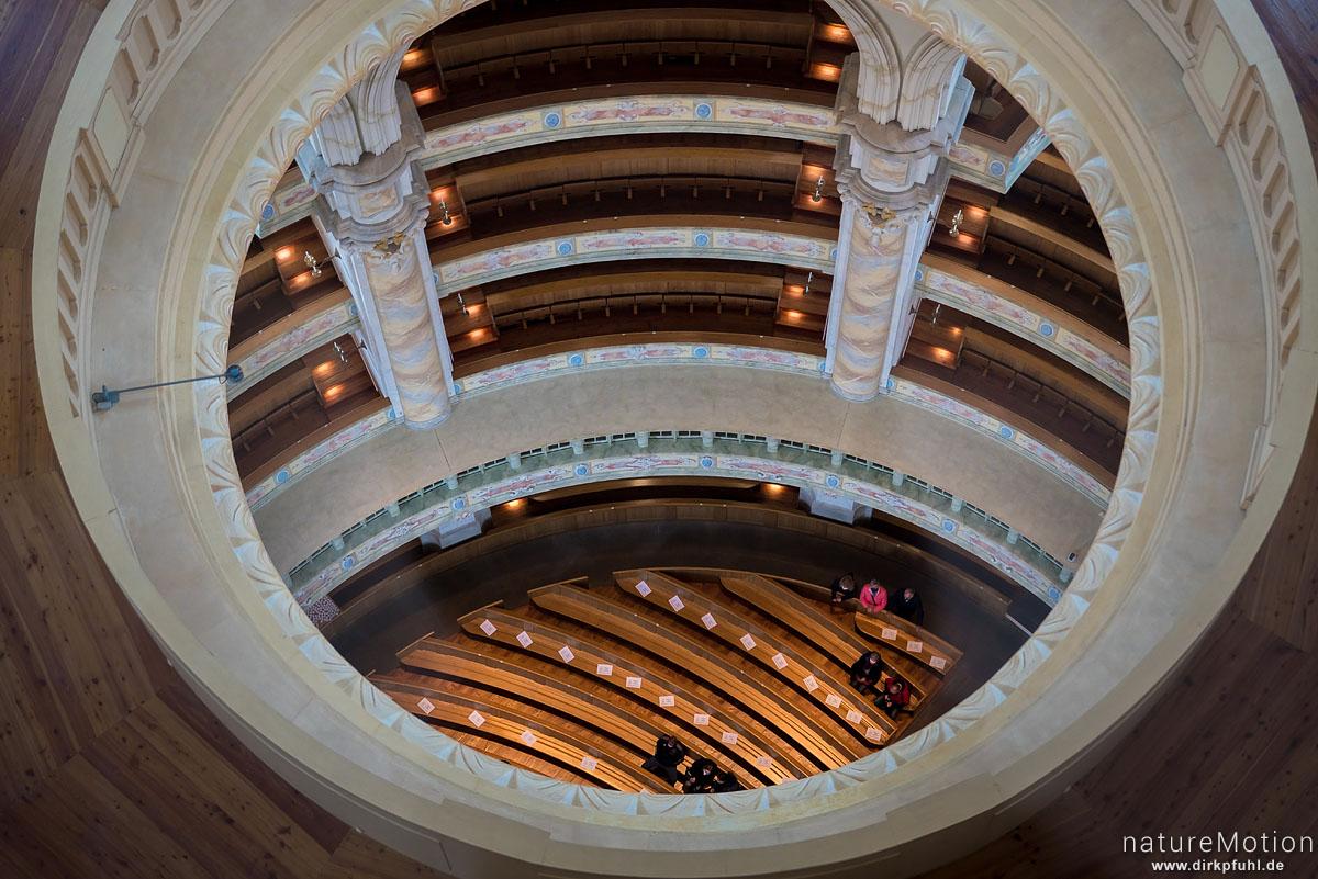 Blick von oben in den Innenraum, Frauenkirche, Dresden, Deutschland