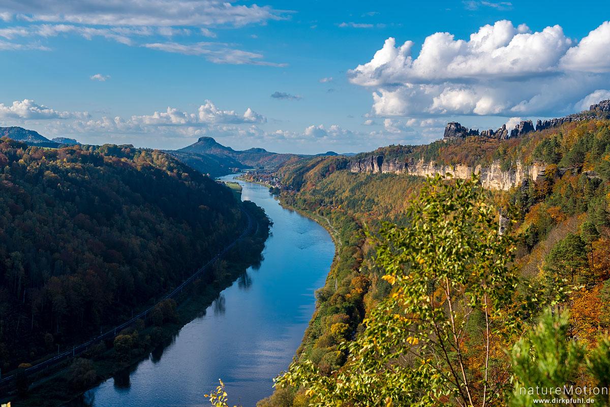 Tal der Elbe, Ausblick von der Kleinen Bastei, Herbstwald, Schmilka, Deutschland